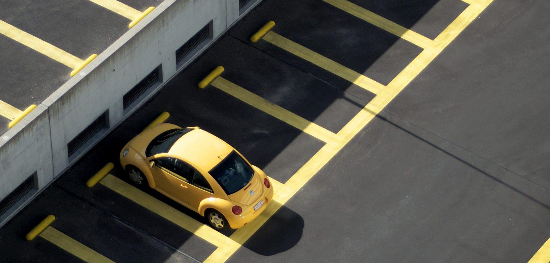 Hoe kunnen autobedrijven hun wagenpark beter online aanbieden?