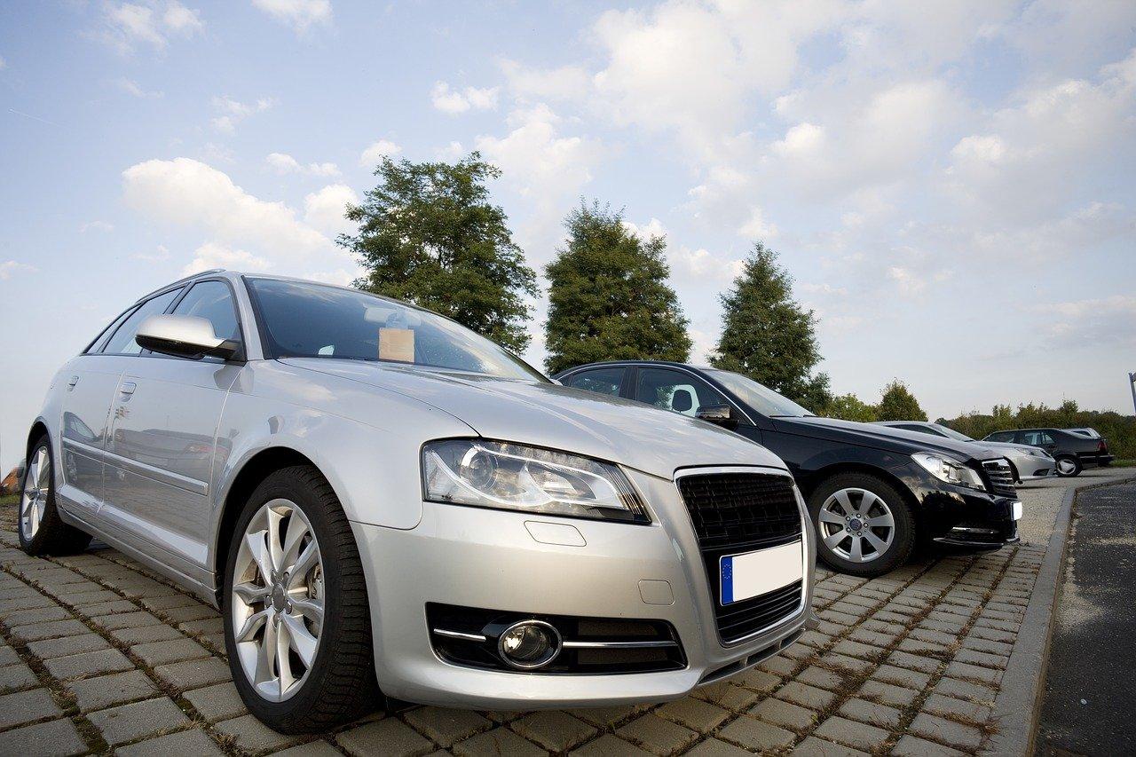 Hoe om te gaan met lage biedingen op jouw kapotte auto?