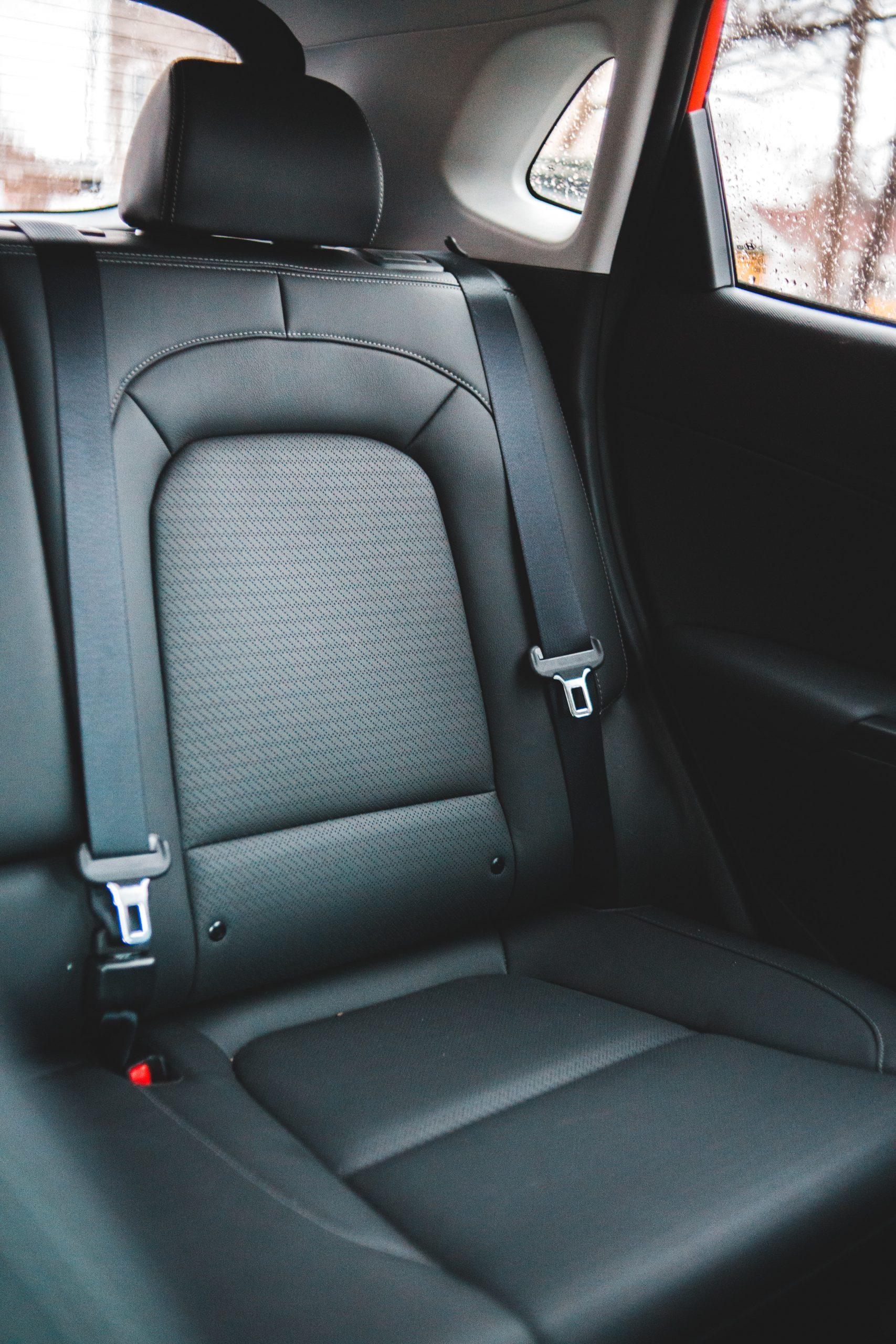 Welke opties heb je voor de bekleding van je autostoel?